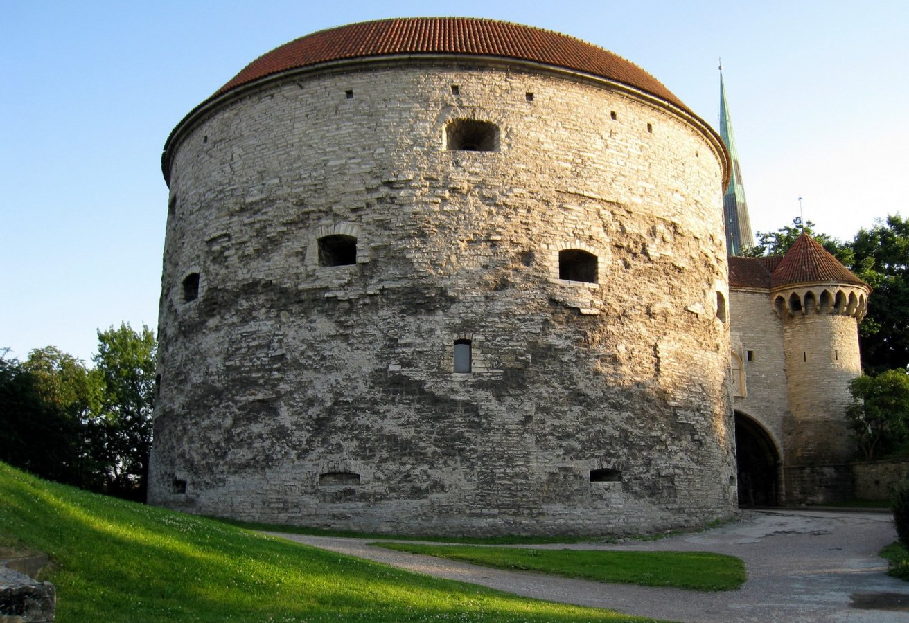 Tallinn, Maritime Museum, Fat Margarita tower.jpg