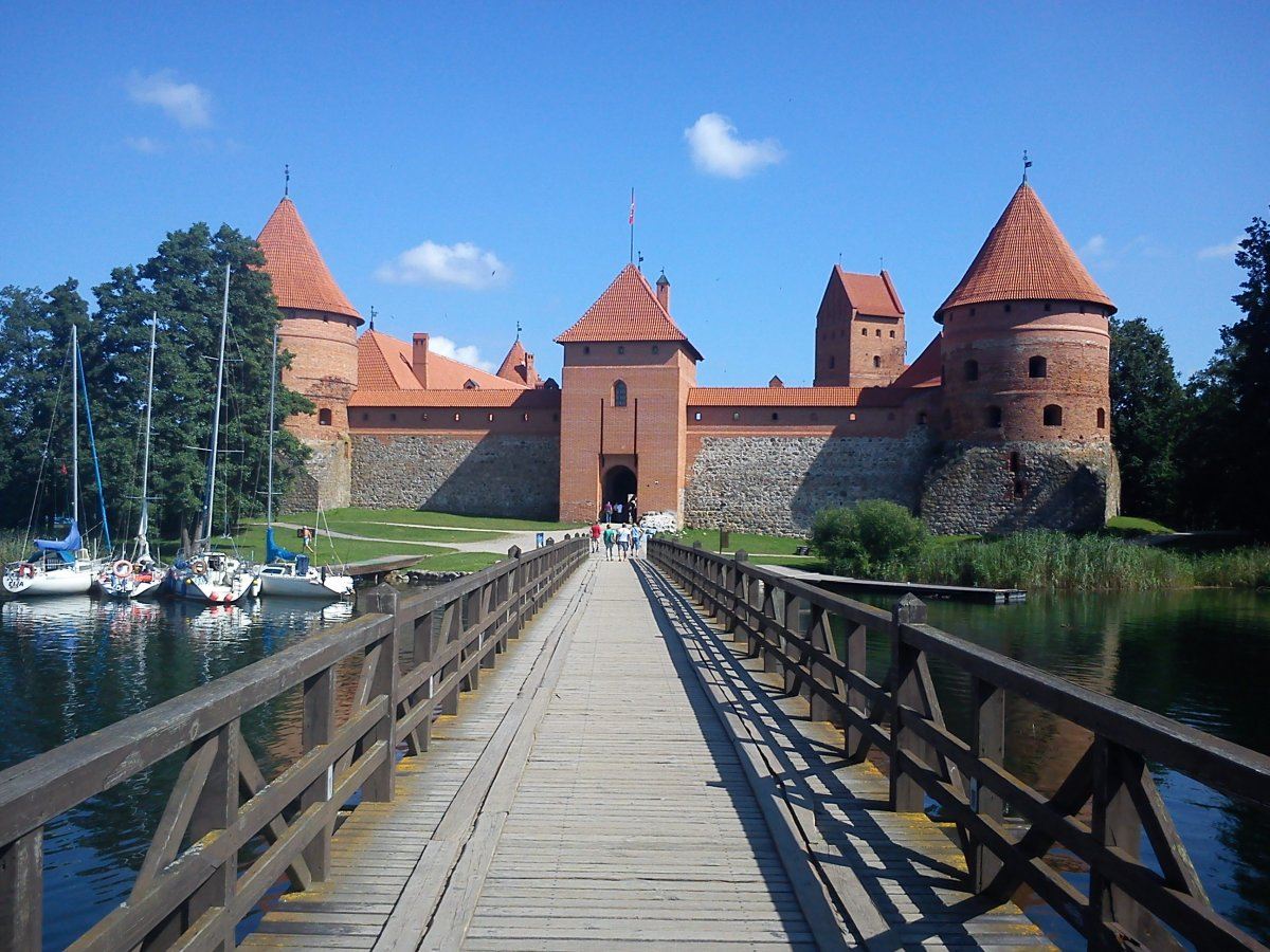 Trakai Castle, Lithuania 04.jpg