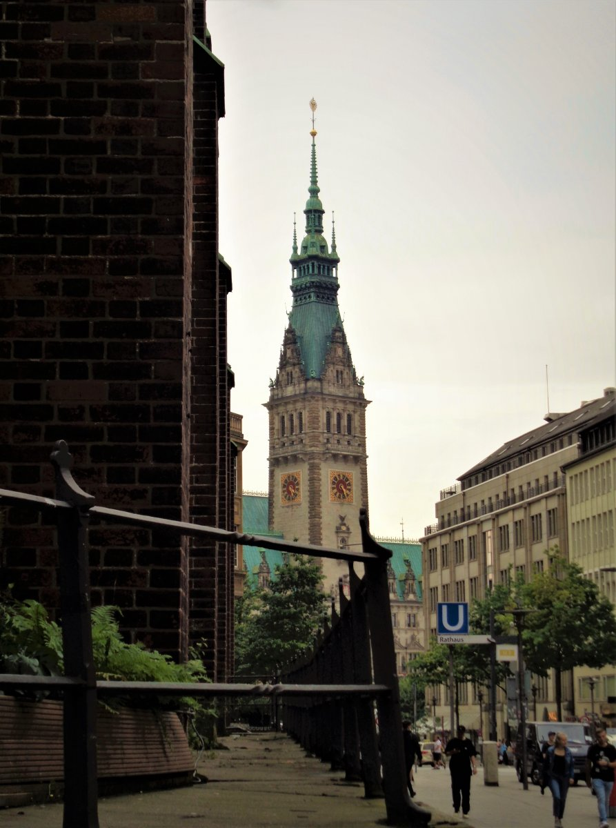 Hamburg - Old Town 01.JPG
