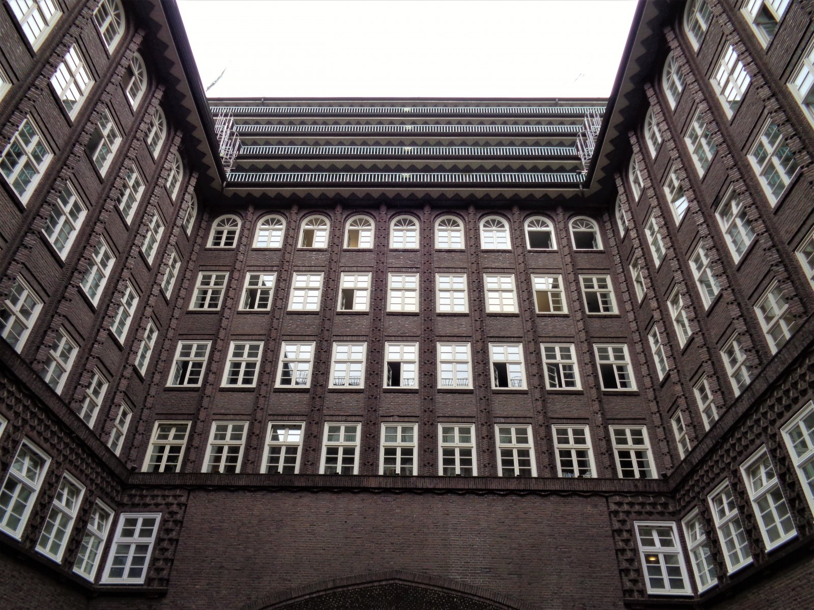 Hamburg - Chilehaus 06.JPG